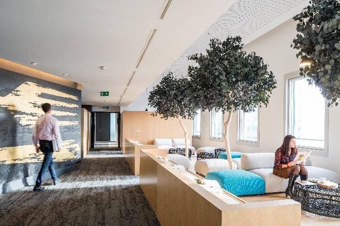 la d fense colliers a install le si ge mondial d elior. Black Bedroom Furniture Sets. Home Design Ideas