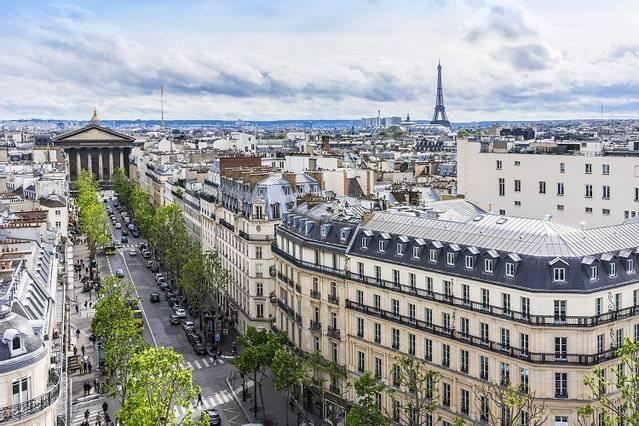 Dans Paris délaissée, les loyers des meublés en perte de vitesse 1